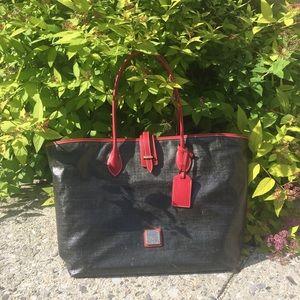 Large Dooney & Bourke tote bag
